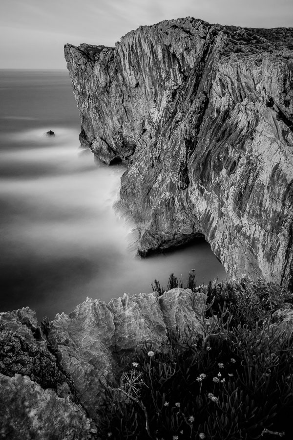 Black & white seascape taken in Asturias, Spain.